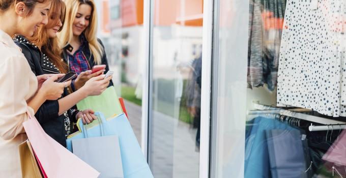 La jeune génération, toujours plus consommatrice de coupons de réduction