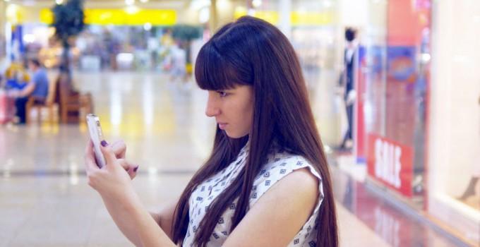Comment le mobile devient peu à peu le canal d'achat préféré des consommateurs [Etude]